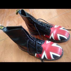 🇬🇧 Doc Martens Union Jack 8-Eye Boot 🇬🇧